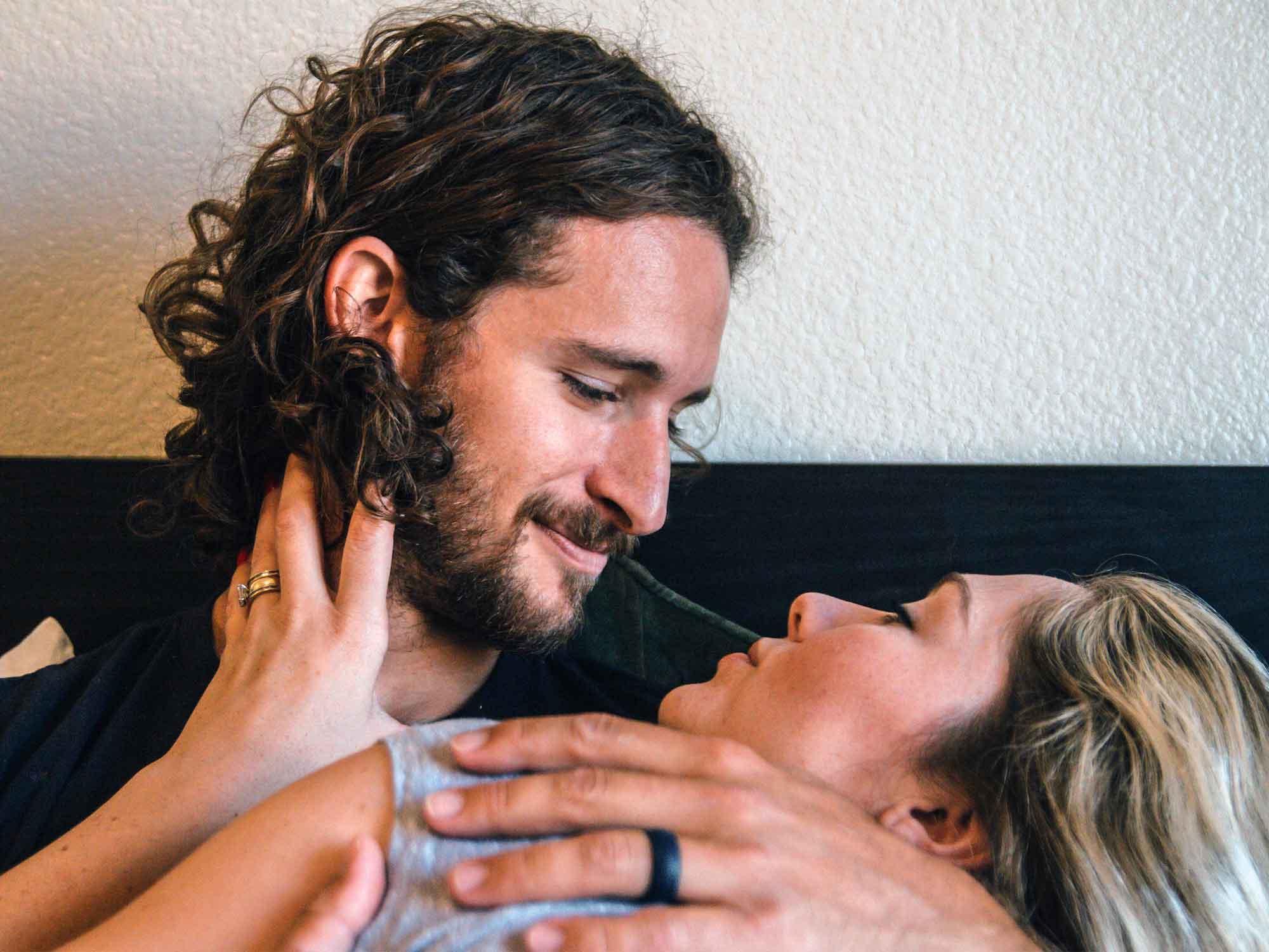 So bleibst du für deinen Mann interessant – 3 Tricks, die wirklich funktionieren